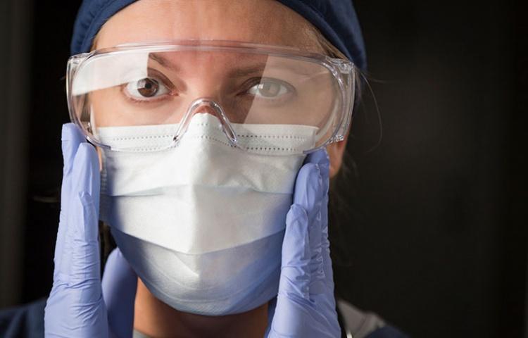 Медики получают травмы, но СИЗ всё равно не носят