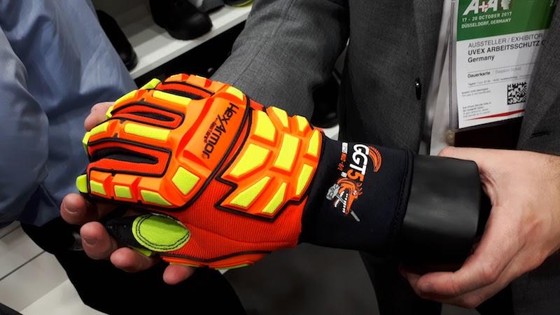 Продажи перчаток HexArmor в России начнутся в 2018 году