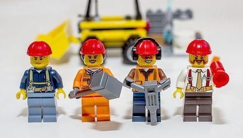 LEGO - играть хорошо. И безопасно