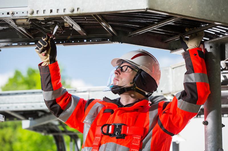 Новая линейка защитных касок V-Gard 930 и V-Gard 950 от MSA