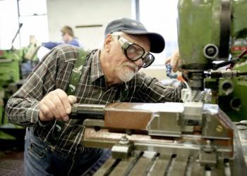 Здоровье возрастных работников