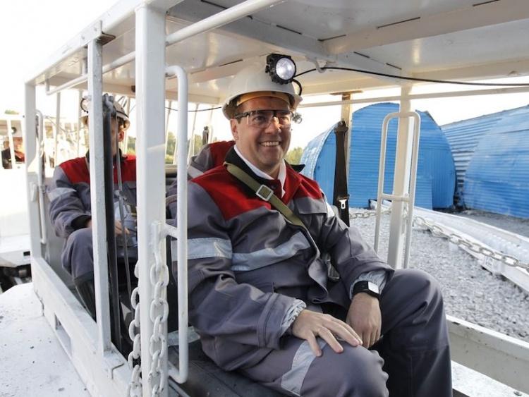 Дмитрий Медведев шахта Листвяжная