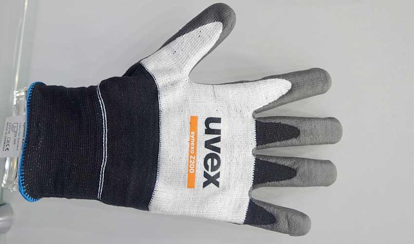 Защитные перчаткиuvex синексо