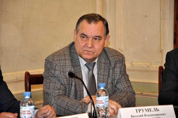 секретарь Федерации независимых профсоюзов России ФНПР Виталий Трумель