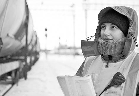 железнодорожники раскритиковали спецодежду «Стел»