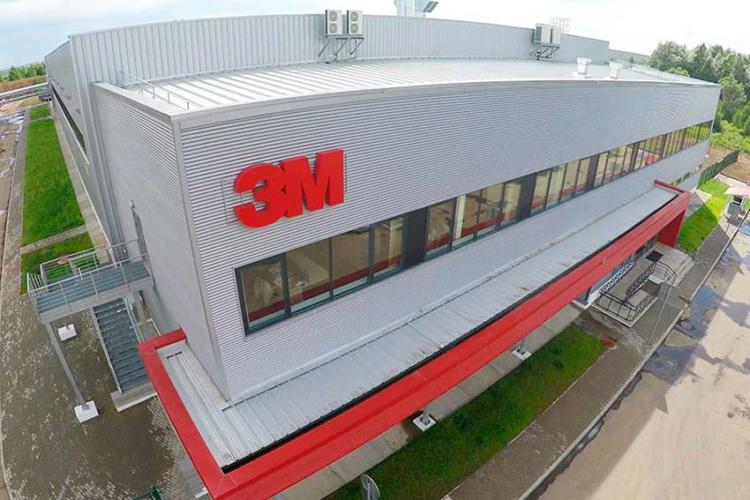 Рост российских продаж СИЗ компании 3М