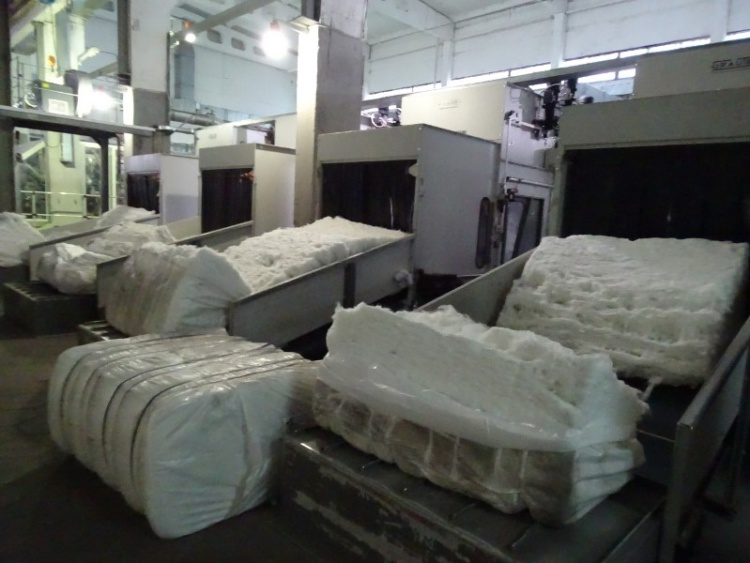 Котовский завод нетканых материалов начал производство тканей для медицинской одежды