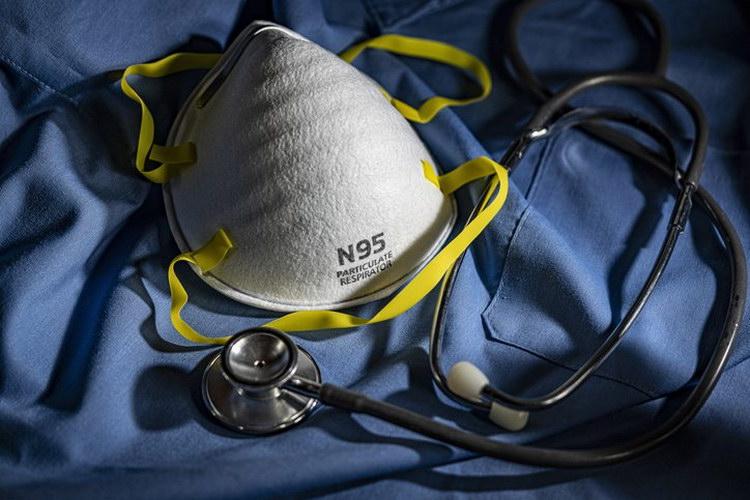 DuPont™ Tyvek® помогает продлить срок службы респираторных масок N95 в условиях пандемии