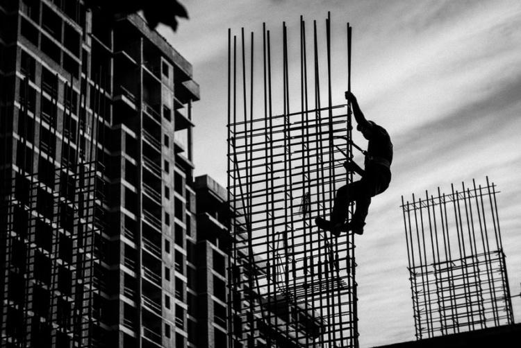 строитель арматура