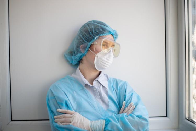 маска covid-10 коронавирус