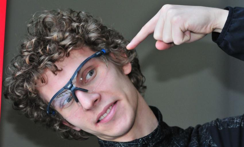 Как правильно подобрать защитные очки?
