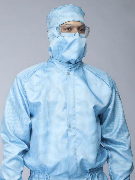 Насколько важен выбор защитной одежды для чистых помещений?