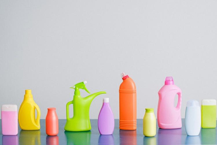 Бутылка пластик
